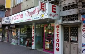 Papatya Eczanesi